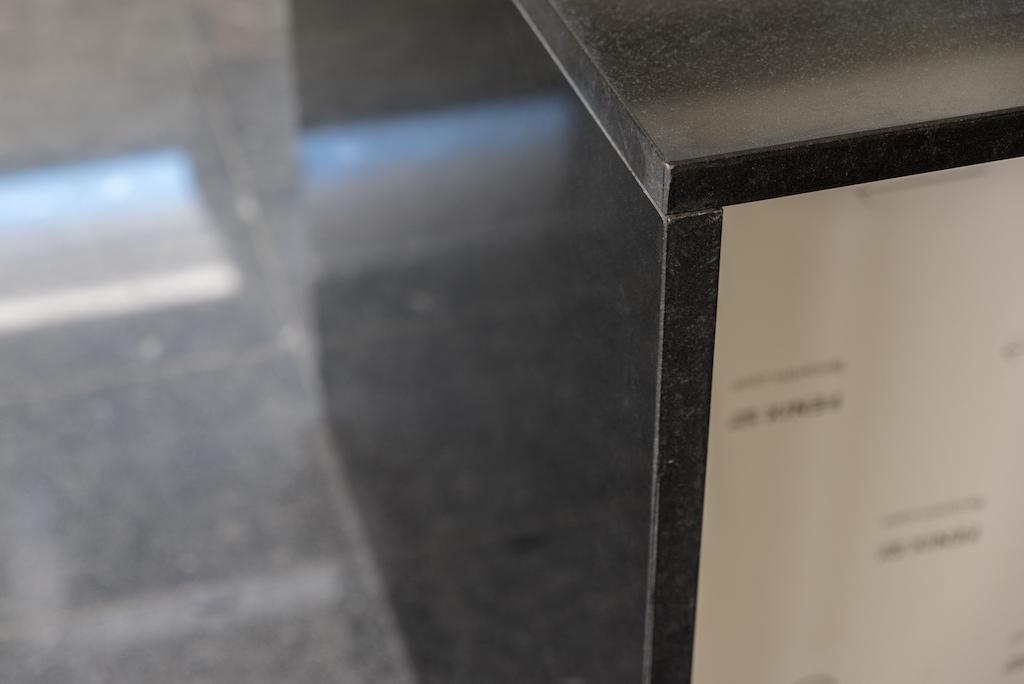 granite polished bisel cut