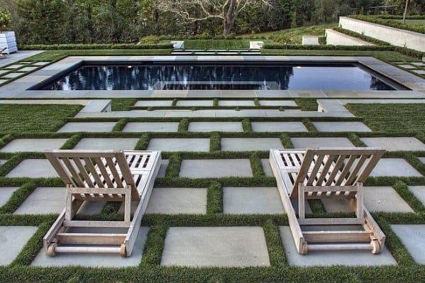 pavimento em redor da piscina