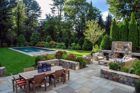 patio em granito a volta da piscina